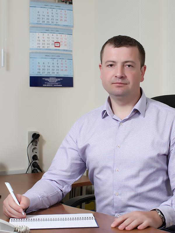 Начальник производственно – технической службы Хромов Александр Владимирович
