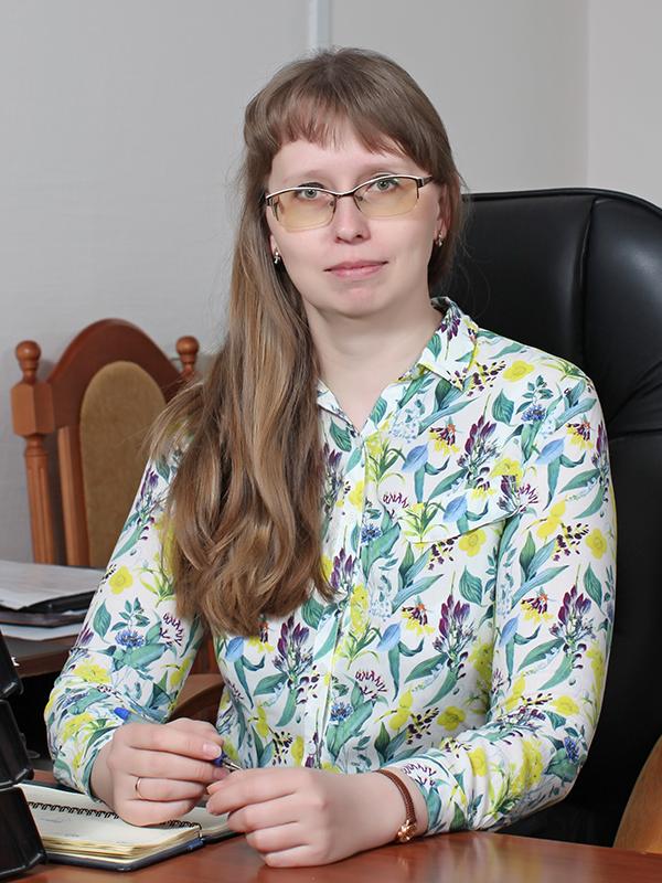 Заместитель генерального директора по правовым вопросам – Ишутко Оксана Владимировна